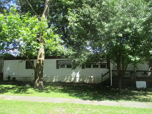 900 E Overton Street, Tuscola, IL 61953 (MLS #10807959) :: Lewke Partners