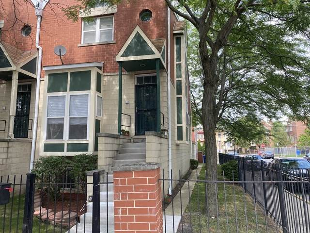 4611 S Lake Park Avenue, Chicago, IL 60653 (MLS #10807972) :: Angela Walker Homes Real Estate Group