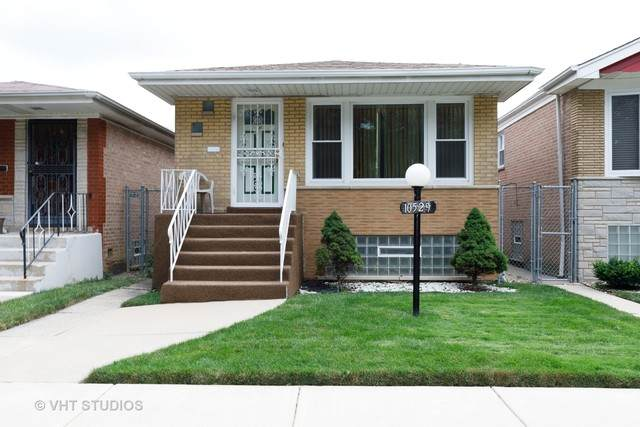 10529 S Green Street, Chicago, IL 60643 (MLS #10807978) :: Angela Walker Homes Real Estate Group