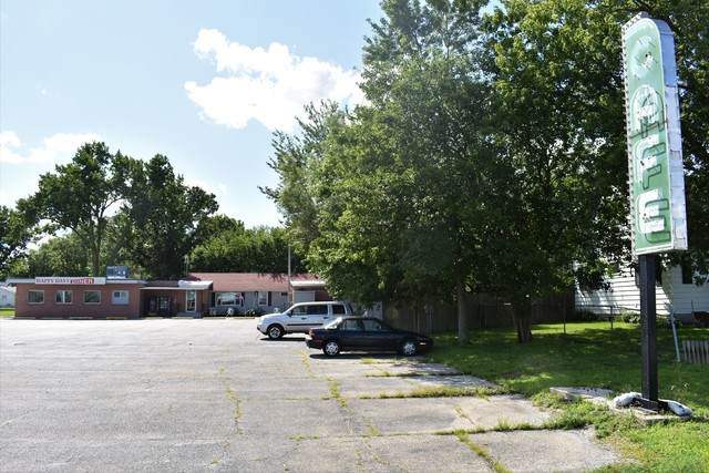 205 N State Route 54, Roberts, IL 60962 (MLS #10808322) :: Lewke Partners