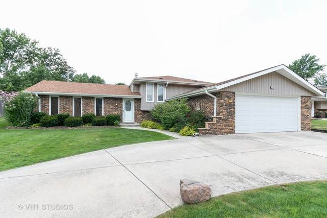 10228 S 86th Court, Palos Hills, IL 60465 (MLS #10809816) :: The Wexler Group at Keller Williams Preferred Realty