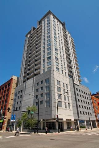 330 W Grand Avenue #1707, Chicago, IL 60654 (MLS #10809937) :: Property Consultants Realty