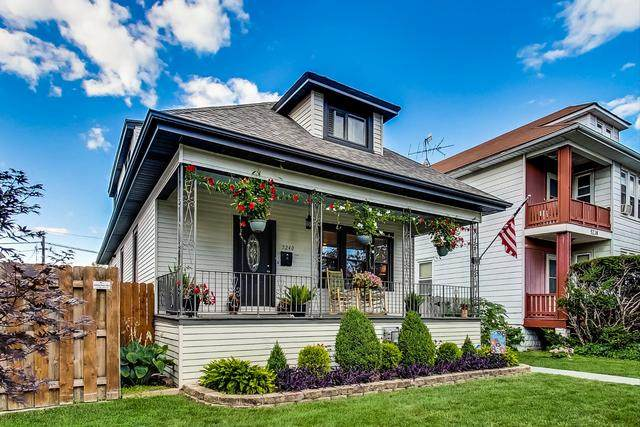 5240 W Winona Street, Chicago, IL 60630 (MLS #10809953) :: John Lyons Real Estate