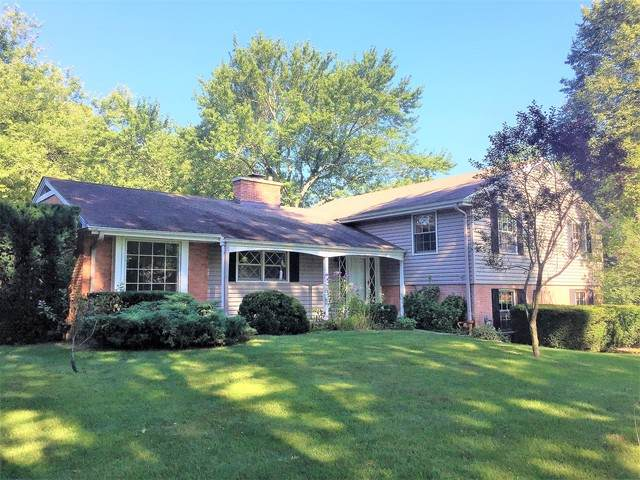 560 Golf Lane, Lake Forest, IL 60045 (MLS #10810452) :: John Lyons Real Estate