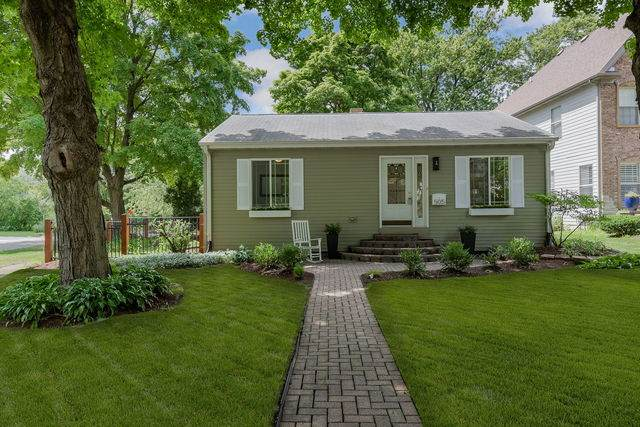 505 N Eagle Street, Naperville, IL 60563 (MLS #10810725) :: John Lyons Real Estate