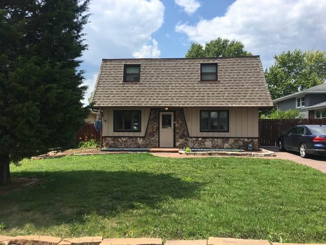 10530 S 82nd Court, Palos Hills, IL 60465 (MLS #10811102) :: The Wexler Group at Keller Williams Preferred Realty