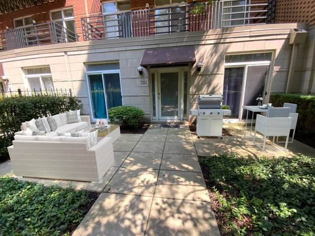 1033 E 46th Street #201, Chicago, IL 60653 (MLS #10811297) :: John Lyons Real Estate