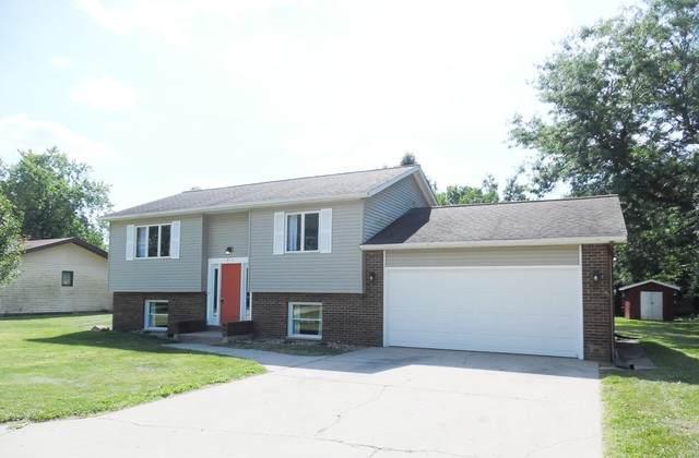2111 Cottonwood Drive, Ottawa, IL 61350 (MLS #10811335) :: Lewke Partners