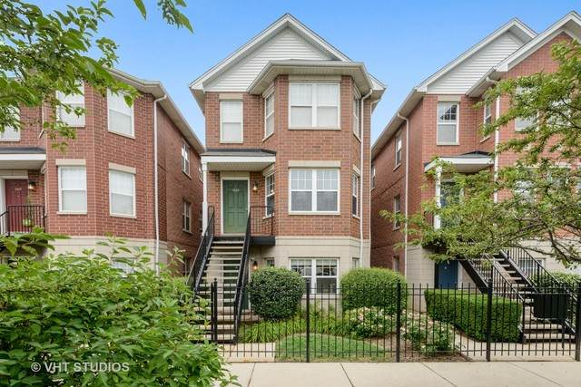 1115 N Crosby Street B, Chicago, IL 60610 (MLS #10811993) :: Angela Walker Homes Real Estate Group