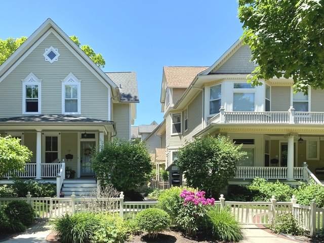217 N Grove Avenue D, Oak Park, IL 60302 (MLS #10812202) :: John Lyons Real Estate