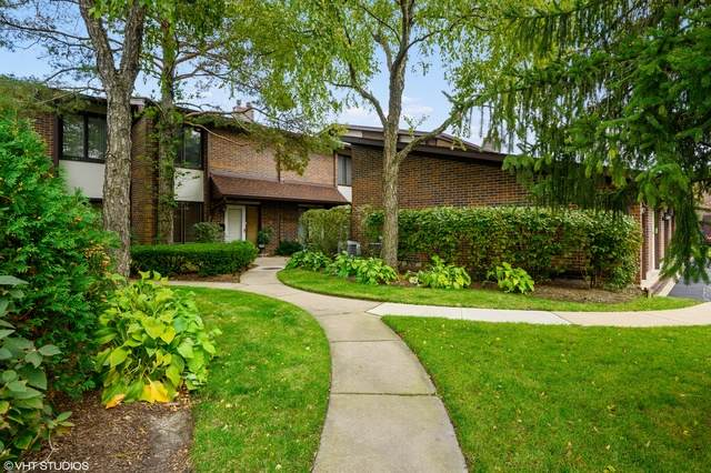 1081 Deerfield Place, Highland Park, IL 60035 (MLS #10812281) :: John Lyons Real Estate