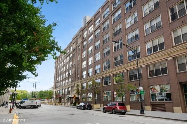 540 N Lake Shore Drive #701, Chicago, IL 60611 (MLS #10812524) :: Angela Walker Homes Real Estate Group
