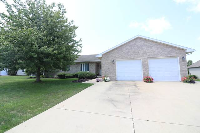 312 Heather Drive, HEYWORTH, IL 61745 (MLS #10812958) :: The Wexler Group at Keller Williams Preferred Realty