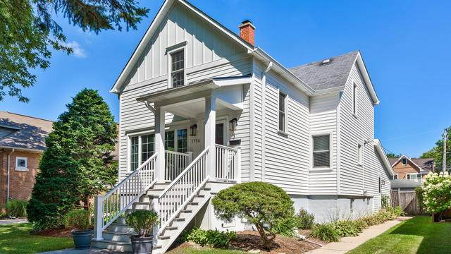 1756 Henley Street, Glenview, IL 60025 (MLS #10813067) :: Helen Oliveri Real Estate