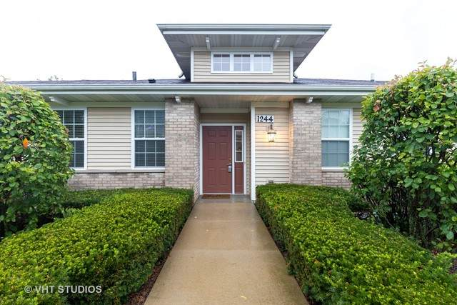 1244 Walnut Glen Drive #1244, Crystal Lake, IL 60014 (MLS #10813872) :: John Lyons Real Estate