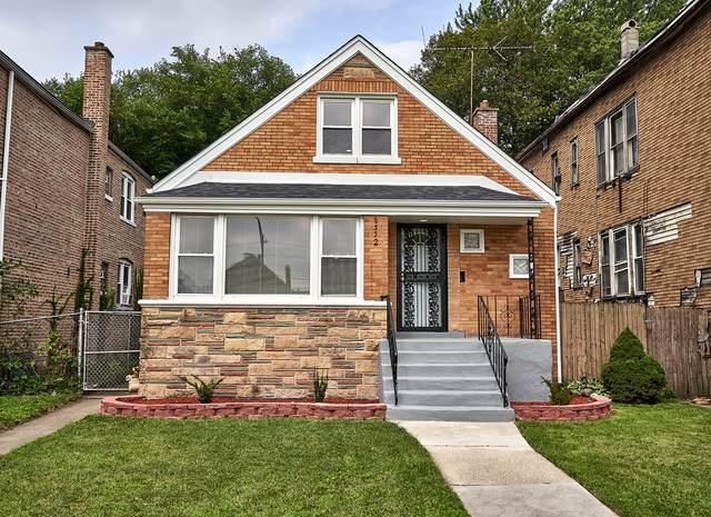 8352 S Saginaw Avenue, Chicago, IL 60617 (MLS #10813970) :: Helen Oliveri Real Estate