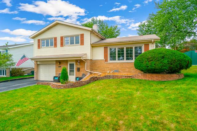 9050 Forest Lane, Hickory Hills, IL 60457 (MLS #10814007) :: The Wexler Group at Keller Williams Preferred Realty