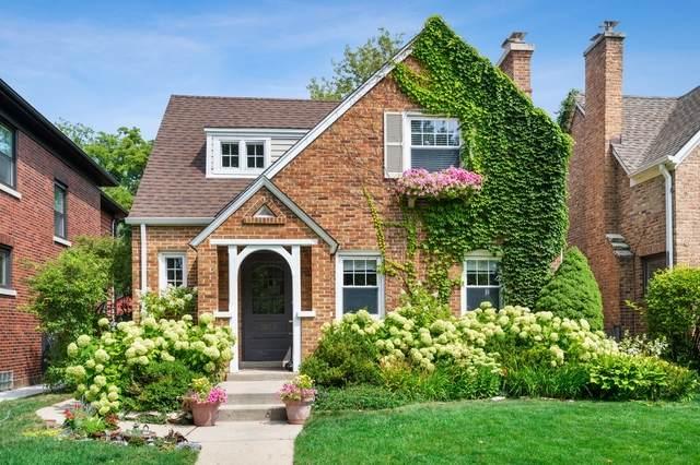 3033 Thayer Street, Evanston, IL 60201 (MLS #10814166) :: John Lyons Real Estate