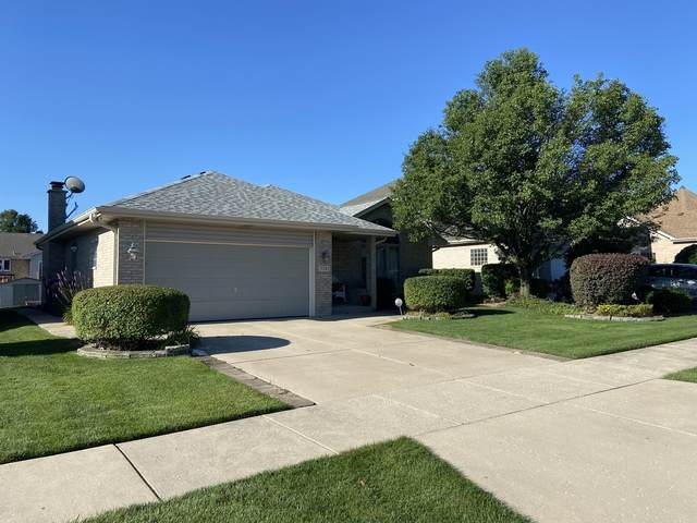 5241 W 108th Place, Oak Lawn, IL 60453 (MLS #10814601) :: The Wexler Group at Keller Williams Preferred Realty