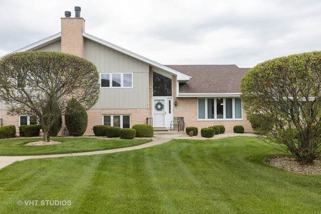 17656 Rhode Island Court, Orland Park, IL 60467 (MLS #10814987) :: The Wexler Group at Keller Williams Preferred Realty
