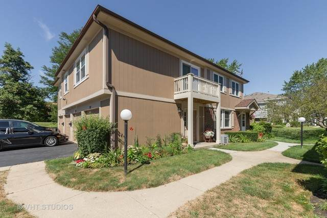32 Fernwood Court #32, Vernon Hills, IL 60061 (MLS #10815053) :: Helen Oliveri Real Estate