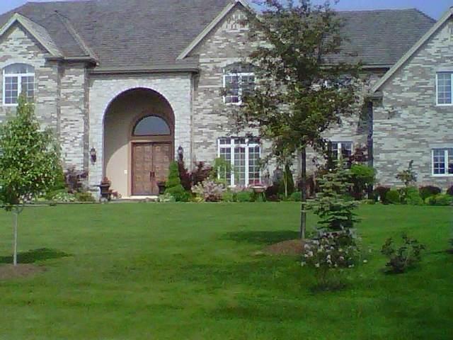 6870 Ellis Drive, Long Grove, IL 60047 (MLS #10815723) :: Jacqui Miller Homes