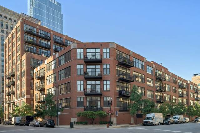 333 W Hubbard Street #215, Chicago, IL 60654 (MLS #10815887) :: John Lyons Real Estate