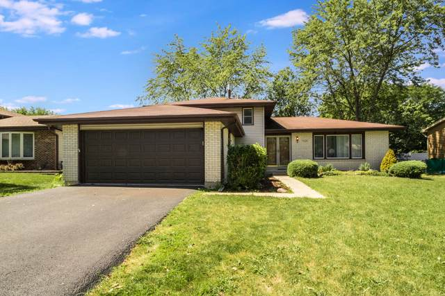 7020 Foster Place, Downers Grove, IL 60516 (MLS #10815910) :: The Wexler Group at Keller Williams Preferred Realty