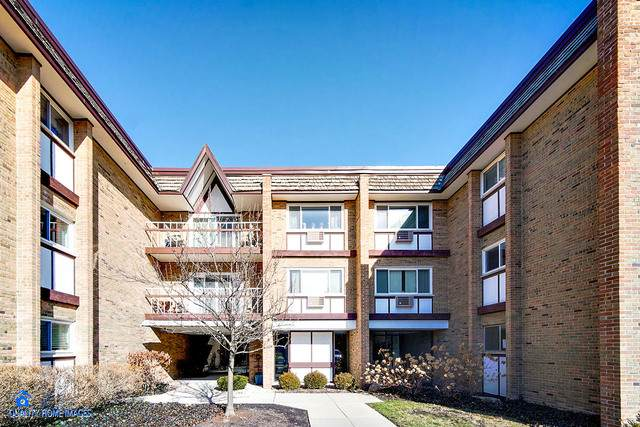 300 Claymoor 1A, Hinsdale, IL 60521 (MLS #10815947) :: The Wexler Group at Keller Williams Preferred Realty