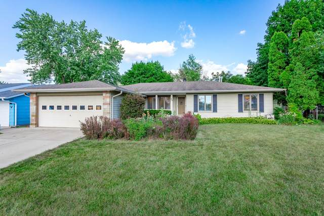 49 Smethwick Lane, Elk Grove Village, IL 60007 (MLS #10815969) :: Century 21 Affiliated