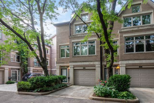 2744 N Janssen Avenue, Chicago, IL 60614 (MLS #10816123) :: Littlefield Group