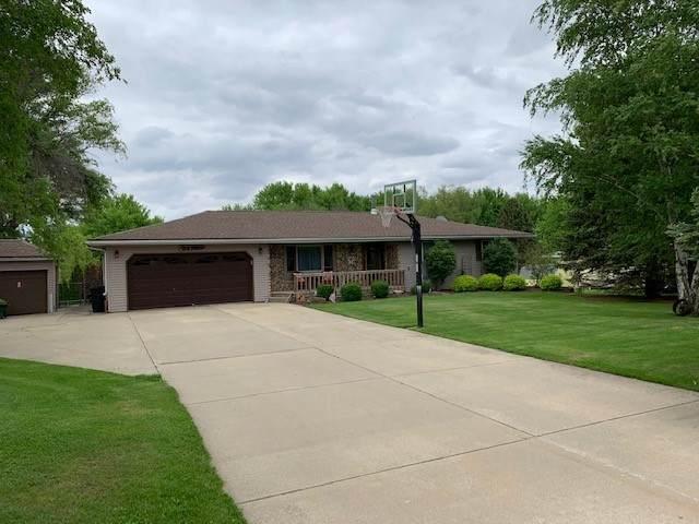 24780 Genesee Road, Sterling, IL 61081 (MLS #10816431) :: Knott's Real Estate Team