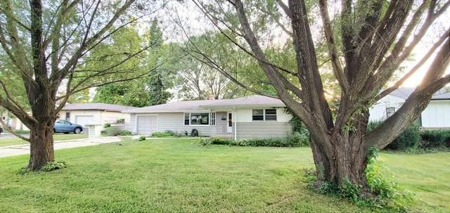 12 Victor Parkway, Crystal Lake, IL 60014 (MLS #10816595) :: Lewke Partners