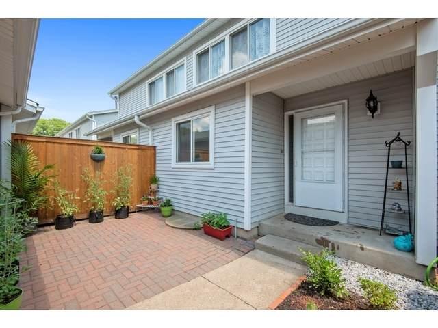 411 Dogwood Terrace, Buffalo Grove, IL 60089 (MLS #10817266) :: Helen Oliveri Real Estate