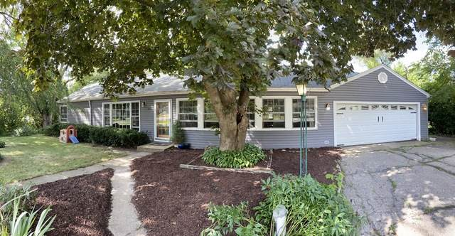 201 Lakewood Drive, Oakwood Hills, IL 60013 (MLS #10817497) :: Lewke Partners