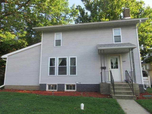 609 W 6th Street, Sterling, IL 61081 (MLS #10818325) :: Knott's Real Estate Team