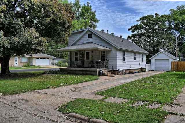501 14th Avenue, Rock Falls, IL 61071 (MLS #10819419) :: Knott's Real Estate Team