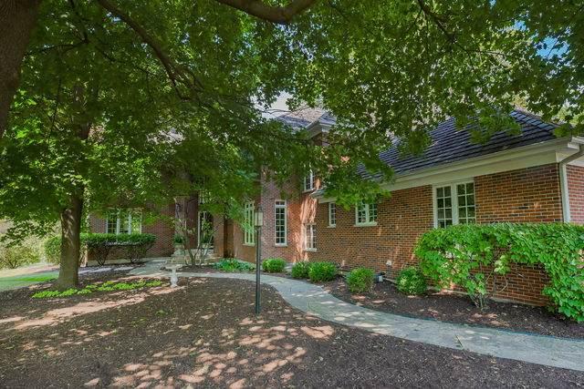 10 Muirfield Circle, Wheaton, IL 60189 (MLS #10819584) :: John Lyons Real Estate