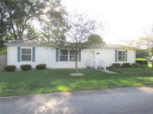 402 S East Street, Saybrook, IL 61770 (MLS #10822523) :: Schoon Family Group