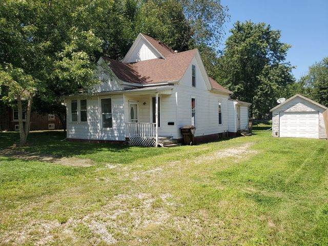 613 W Washington Street, CLINTON, IL 61727 (MLS #10822812) :: John Lyons Real Estate