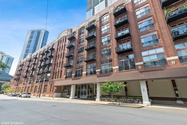 360 W Illinois Street 6F, Chicago, IL 60654 (MLS #10823546) :: Littlefield Group