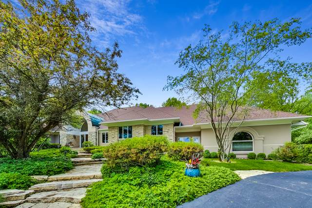 8497 Arrowhead Farm Drive, Burr Ridge, IL 60527 (MLS #10823556) :: Schoon Family Group