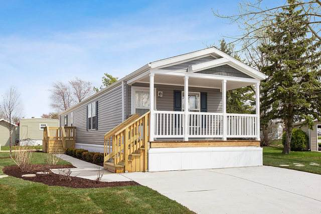 176 N Windmere Circle, Matteson, IL 60443 (MLS #10824690) :: John Lyons Real Estate