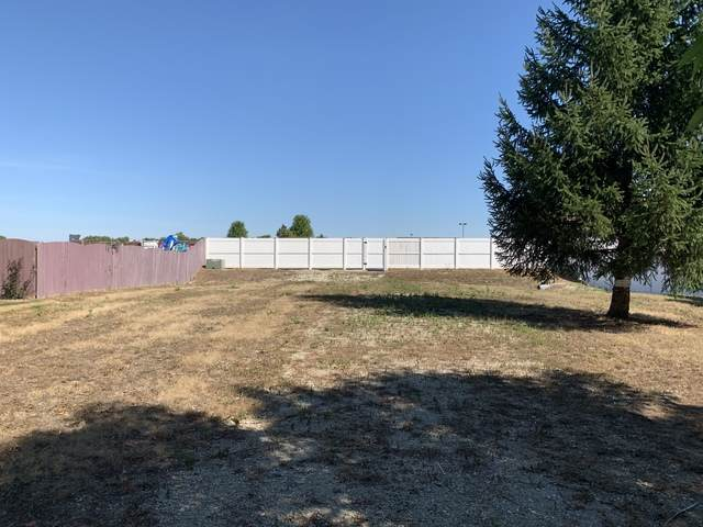 4501 Northmont Drive - Photo 1