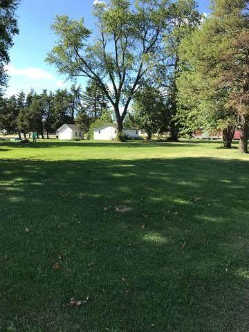 230 E Market Street, Somonauk, IL 60552 (MLS #10825038) :: John Lyons Real Estate