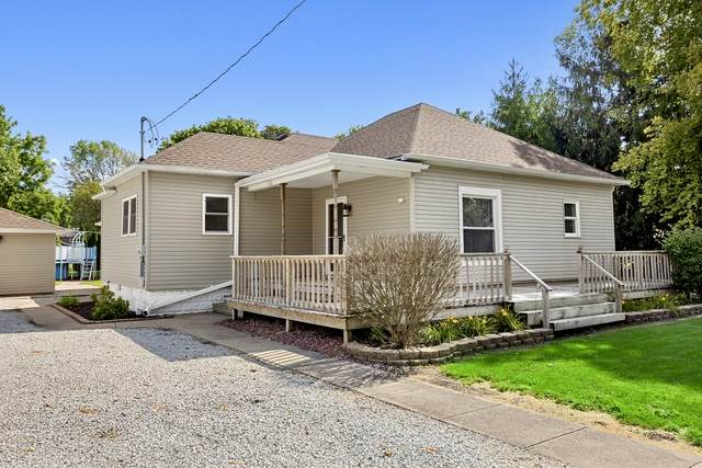 420 W Garfield Avenue, Cissna Park, IL 60924 (MLS #10825159) :: John Lyons Real Estate