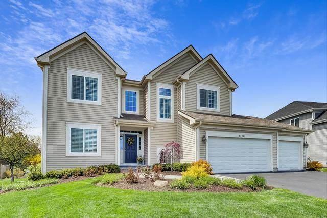 32924 N Three Oaks Lane, Libertyville, IL 60048 (MLS #10826364) :: John Lyons Real Estate