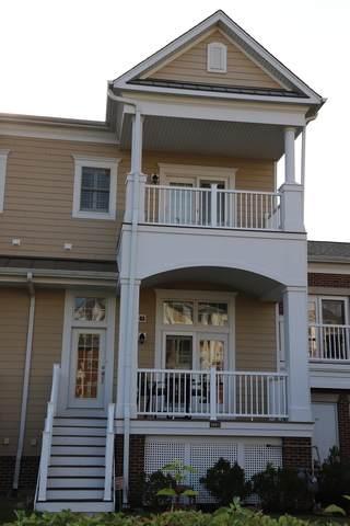 2661 Commons Drive, Glenview, IL 60026 (MLS #10835199) :: John Lyons Real Estate