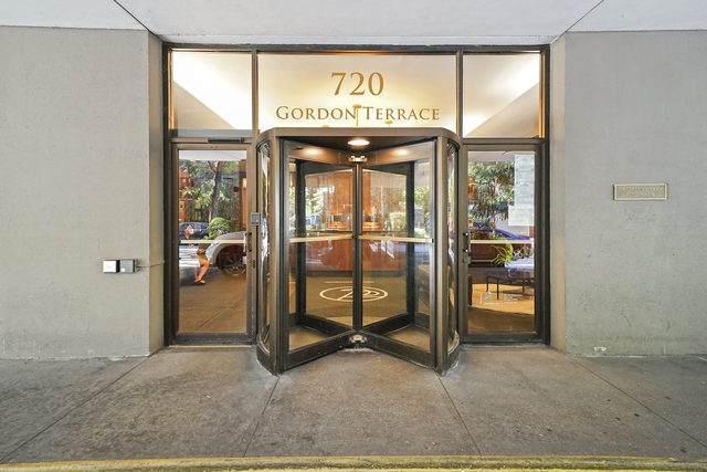 720 Gordon Terrace - Photo 1