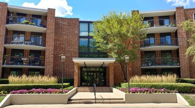1405 E Central Road 413B, Arlington Heights, IL 60005 (MLS #10835275) :: BN Homes Group